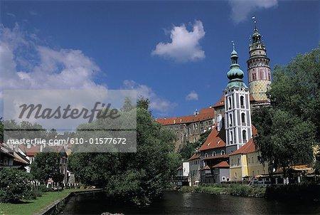 Czech Republic, Ceský Krumlov, tower of the castle and church