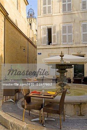 Terrasse de restaurant de Provence, Aix-en-Provence, France
