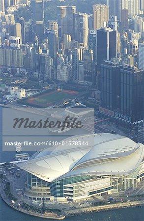 Chine, Hong Kong, une vue aérienne du quartier Central et Convention and Exhibition Centre