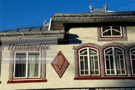 Romania, Moldavia, province of Bukovina, Ciocanesti, traditional dwelling