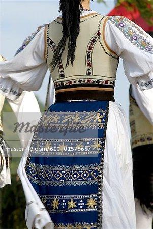 Roumanie, Transylvanie, Ibanesti, danse folklorique