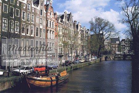 La Hollande septentrionale, Amsterdam, vieux voilier