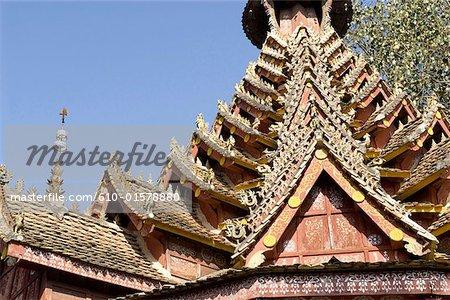 Chine, Yunnan, Xishuangbanna, près de Menghai, Jingzhen, Pavillon octogonal
