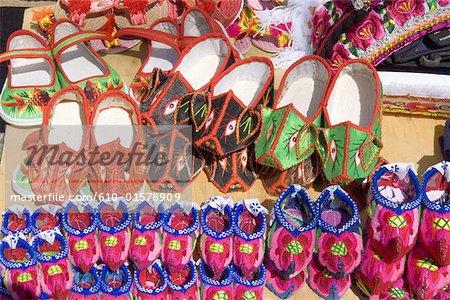 China, Yunnan, Dali, slippers