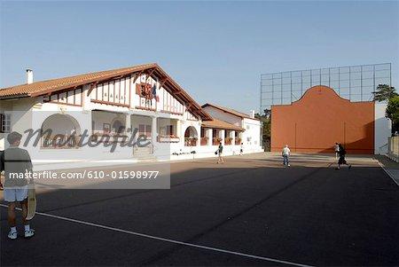 France, Aquitaine, Guéthary, city hall and fronton of Basque pelota
