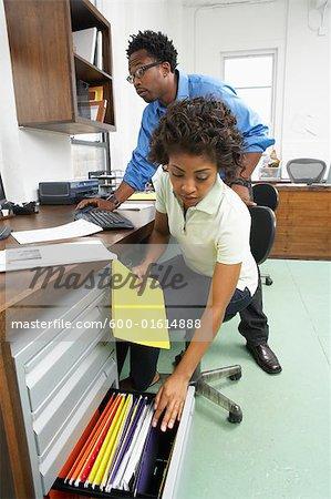 Portrait de femme qui travaillait dans le Bureau