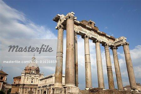 Temple de Saturne et la Curie Julia, Rome, Italie