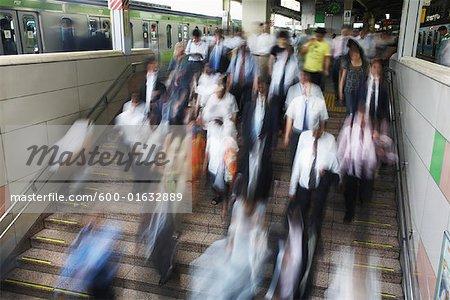 Navetteurs à Tokyo Station Tokyo, Japon