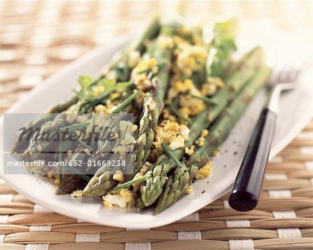 Green asparagus flemish-style