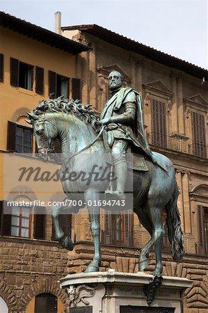 Statue of Cosimo I de Medici, Piazza della Signoria, Florence, Italy