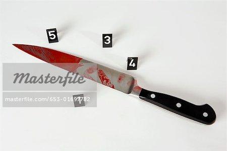 Ein Messer in einem Tatort