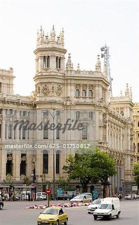 Façade d'un bâtiment public, Palacio De Comunicaciones, Plaza de Cibeles, Madrid, Espagne