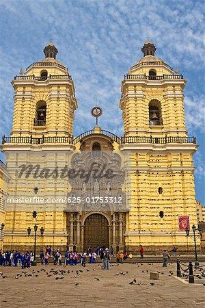 Façade d'une cathédrale, église et couvent de San Francisco, Lima, Pérou
