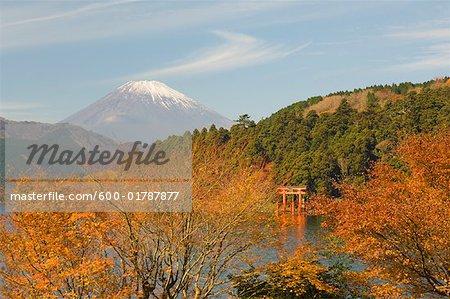 Lac Ashi et le Mont Fuji, Honshu, Japon