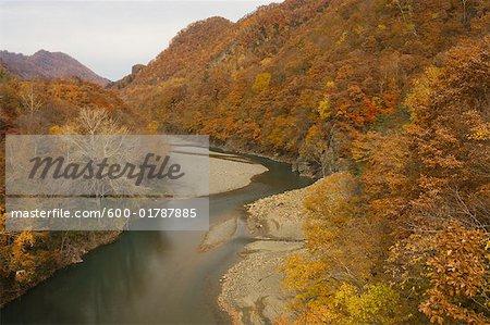 Nukabira rivière, montagne de Hidaka, Hokkaido, Japon