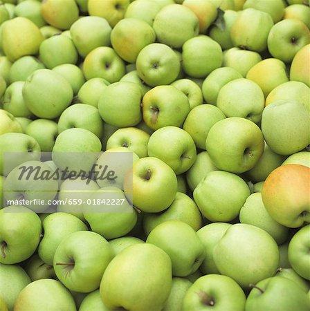 Quantité de pommes vertes (Full Frame)