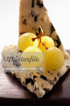 Roquefort aux raisins verts