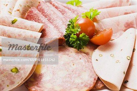 Une sélection de viandes froides
