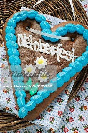 Lebkuchen heart for Oktoberfest (overhead view)