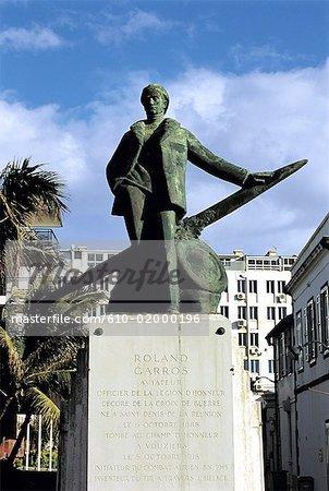 Statue de Saint-Denis, la réunion, de Roland Garros