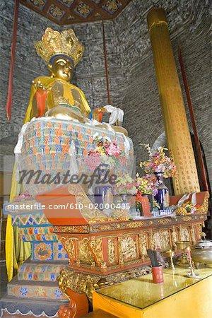 La Chine, la province du Shanxi, le Mont Wutai, Taihuai, Tayuan temple, autel