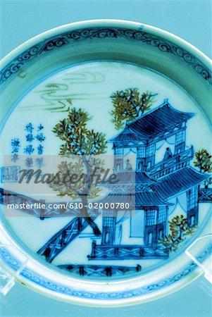 China, Shanghai, Chinese art museum, porcelain plate
