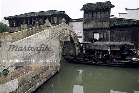 China, Zhejiang, Wushen, bridge over the river