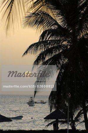 Sénégal, Petite côte, Saly, coucher de soleil