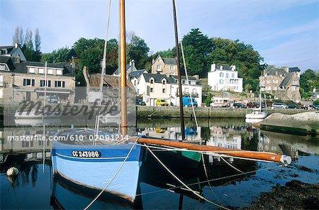 France, Brittany, Pont-Aven, port, boat