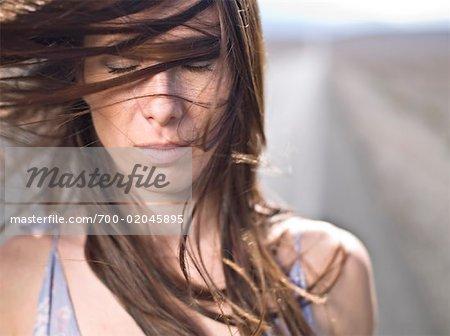 Porträt einer Frau, Death Valley, Kalifornien, USA