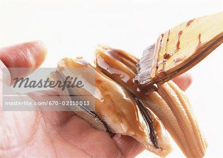Badigeonner conger eel sushi