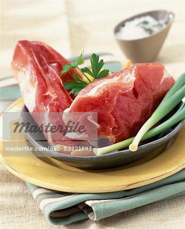 rohe Fleischstücke, Kalbfleisch