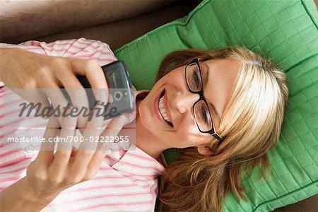 Femme lecture texte Message