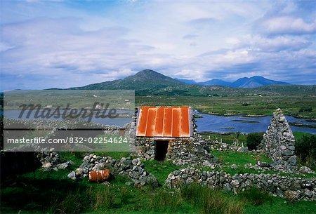 Twelve Bens, Connemara, en Irlande, de Roundstone