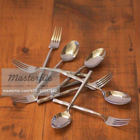 Silber Besteck auf Holztisch