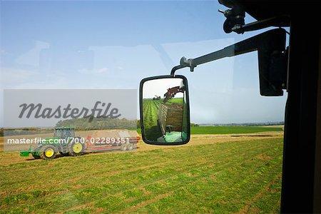 Tracteurs de champ de la récolte