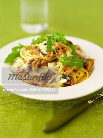 Spaghetti avec dolcelatte et roquette