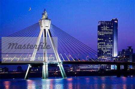 Pont olympique le long de la rivière Han, Séoul, Corée du Sud