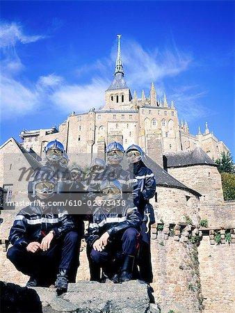 France, Normandie, Mont Saint-Michel, les pompiers volontaires non rémunérés