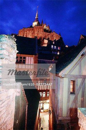 France, Normandie, Mont-Saint-Michel par nuit