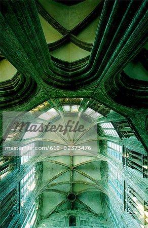 France, Normandie, Mont Saint-Michel, l'abbaye, les voûtes gothiques de la chorale de cathédrale