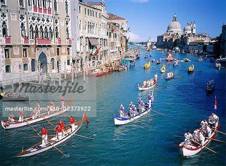 Italie, Venise, Grand canal, la regata storica