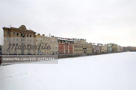 Rivière Fontanka, Saint-Pétersbourg, la Russie en hiver.