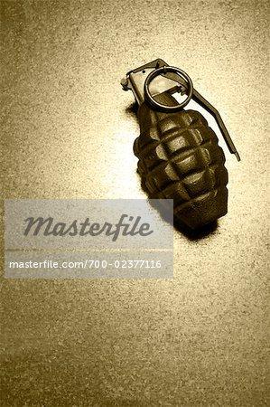 Grenade à main style ananas