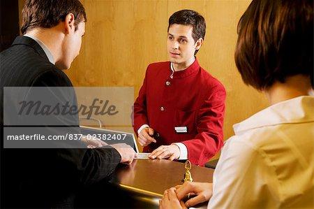 Kellner, Informationen für Kunden