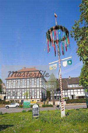 Mât de Cocagne et Hohes Haus, Lienen, Rhénanie du Nord-Westphalie, Allemagne