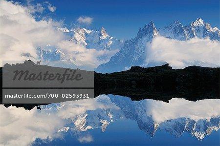 Aiguilles de Chamonix et les Lacs de Cheserys, Chamonix, France