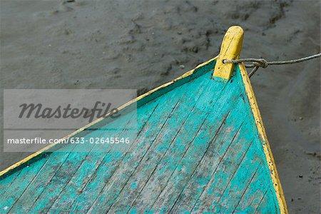 Proue de bateau à rames, gros plan
