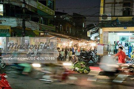 Marché de Hanoi à la nuit, la vieille ville, Vietnam