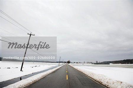 Route, la vallée du Fraser, en Colombie-Britannique, Canada